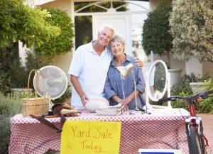 https://regencyhuntsville.com/2016/10/31/decluttering-tips-for-seniors-their-families-when-downsizing/
